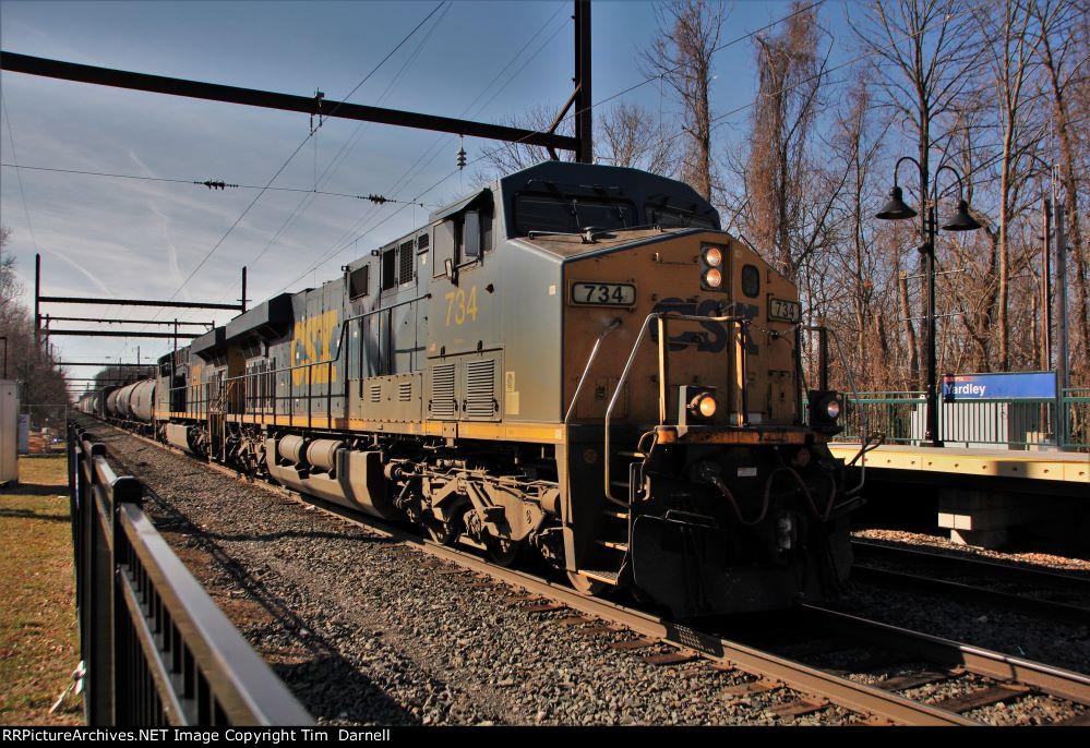CSX 734 on Q404